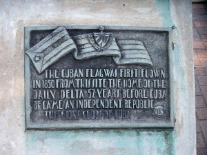 Cuban Flag Commemoration Plaque at Poydras and Magazine