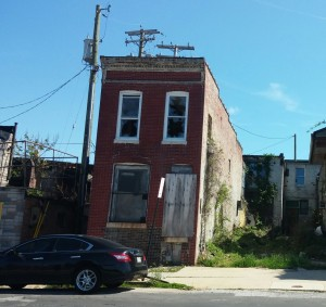 Decaying Homes at Ashland & Castle
